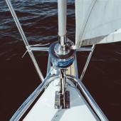 proue bateau eBJIgrh3TCeHf7unLQ5e_sailing-5